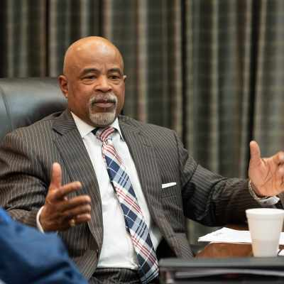 Kentucky Cabinet for Economic Development Commissioner Taylor Makes Russell County His First Visit